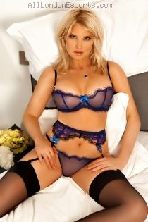 Lithuanian escort Amelly