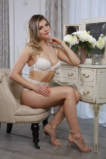 blonde escort Caterina