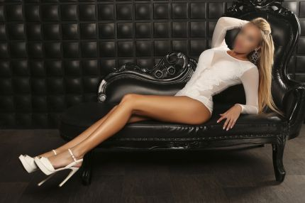 elite London escort Nicole Angela