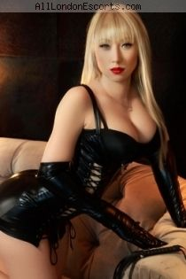 cheap escort Adelly